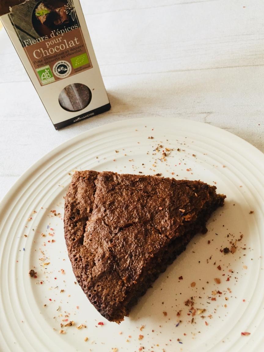 Gâteau au chocolat aux blancs d'oeufs.jpg