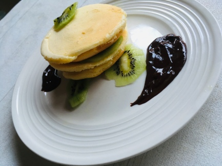 Japanese souffle pancakes.jpg